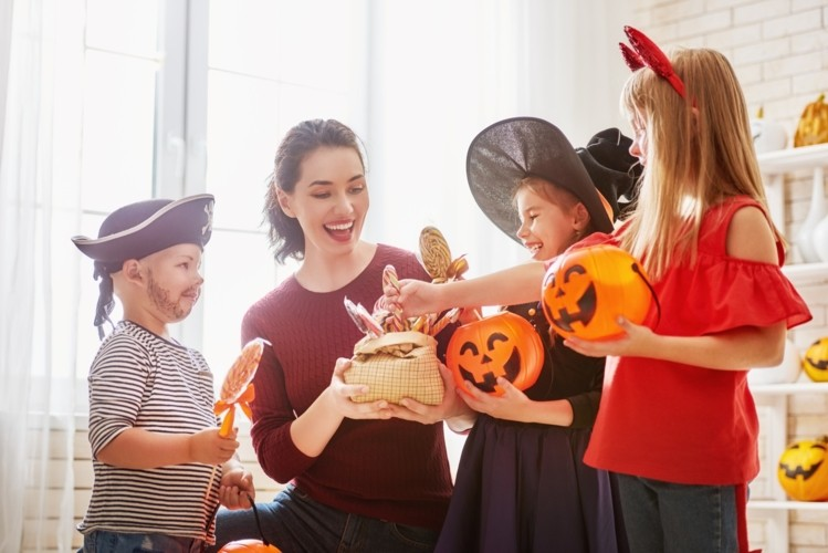 Safe Celebrations – 5 Tips to Help You Prepare a Fun but Low-Risk Halloween in 2020